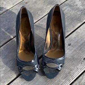 Guess Heels Size 9M